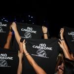 """AL CONCERTO DI ROGHUDI, SPUNTANO LE MAGLIETTE DEL """"NO AL CARBONE"""""""