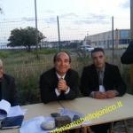 """IL SENATORE SCILIPOTI, DAVANTI AL PORTO DI SALINE, DICE """"NO"""" AL CARBONE"""
